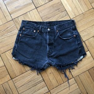 The perfect black grey Levis button fly jean short